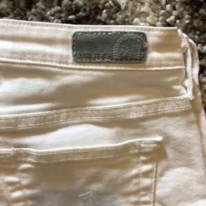 AG White Malibu Bermuda Shorts Size 27